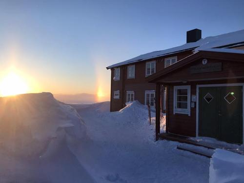 Mellom våre hytter på Hardangervidda, med start på Solheimstulen