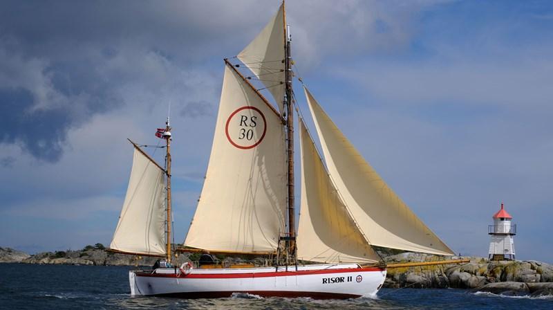 Den vakre Risør II, en restaurert Colin Archer redningsskøyte, skal ta pilegrimene med sjøveien fra Stavanger til Avaldsnes under åpningen av Kystpilegrimsleden i juni.