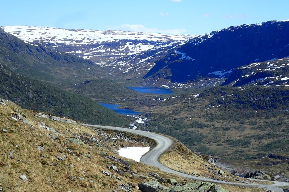 Anleggsveien opp fra Stølsdammen. Utsikt mot Bærdalen.03.06.2021