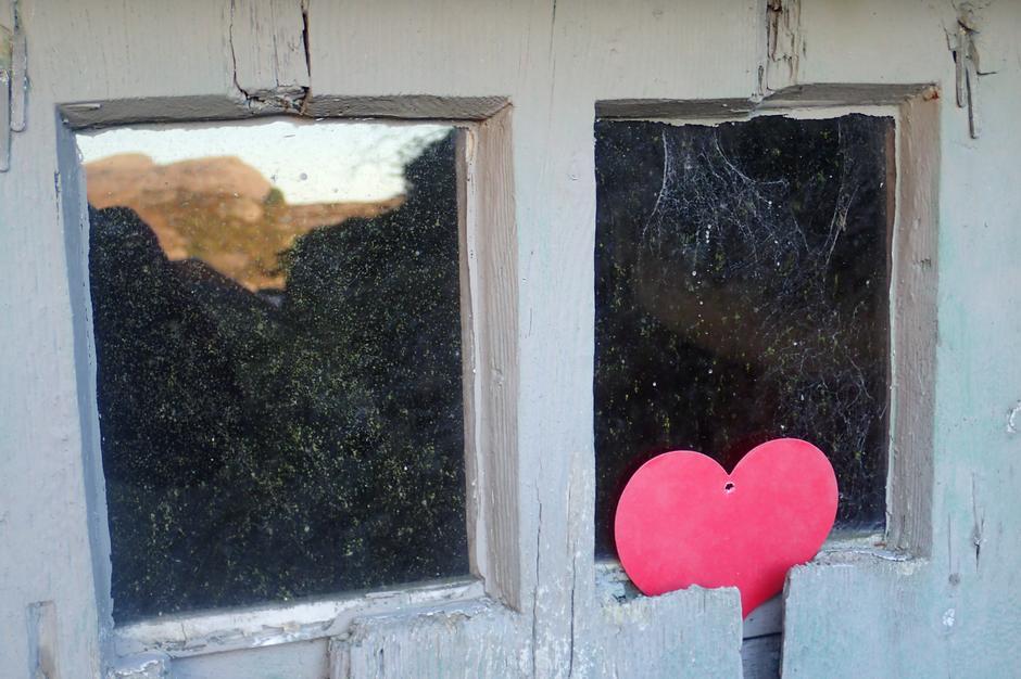 Når døren med hjerte du finner....