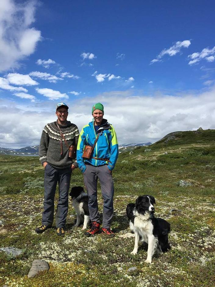 Ola og Jørn. Reinsgjetarar i Jotunheimen, tek døkk med til toppen av Glittertind i sommar. 24. juli - 6. august.