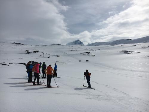 Tur til Bjønnungen (Veslebjørn nord 2110 moh) den 6. mai 2016