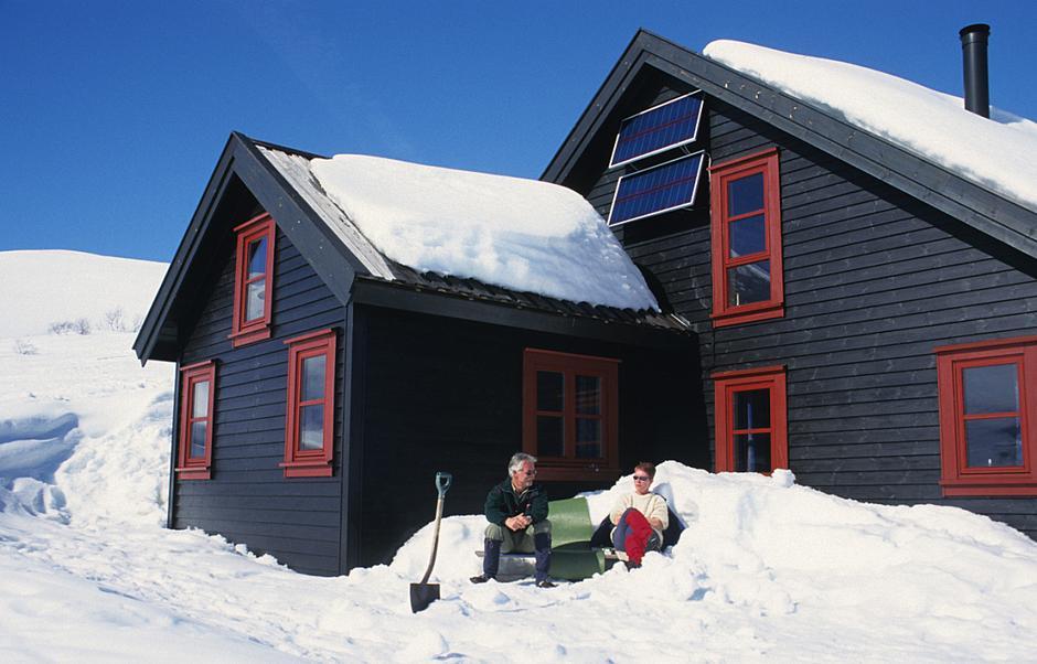Livet som hyttevakt kan være både behagelig og hyggelig! Her fra solkroken på Grautheller.