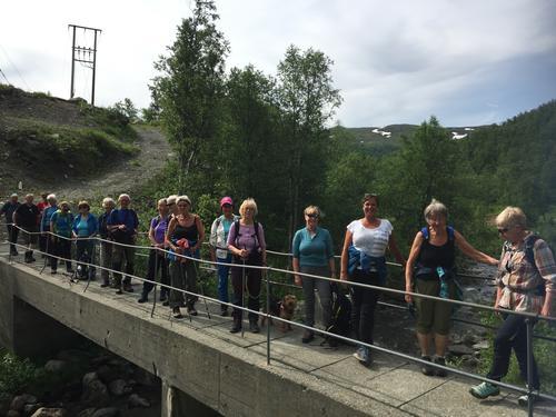 23. juni hadde Seniorgruppa tur i Kalvedalen