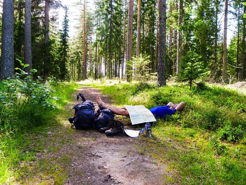 Ved Nordmokorset- sliten etter asfaltvandring