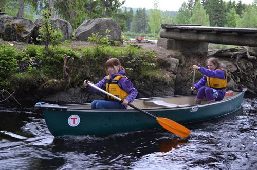 Nå kan kano leies til bruk på Mesnaelva ved Krokbua