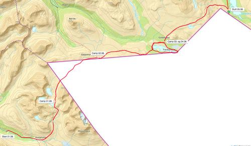 Monsen på tur i indre Troms