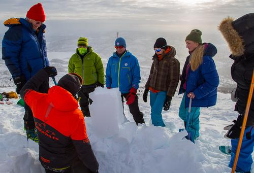 2. til 4. februar var det Alpint skredkurs