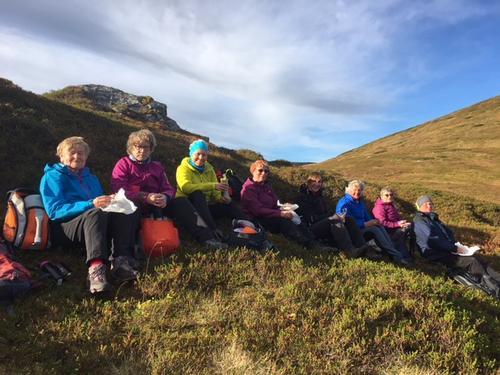 Turdeltakere ved Treppedalsfjellet i oktober 2017