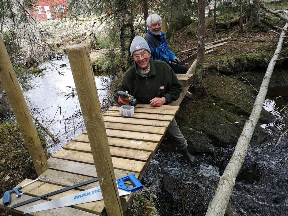 Ny bro på plass ved Mobråtan