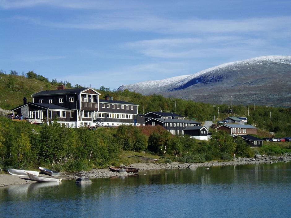 Gjendesheim Turisthytte - DNT Oslo og Omegn sitt flaggskip under Besseggen