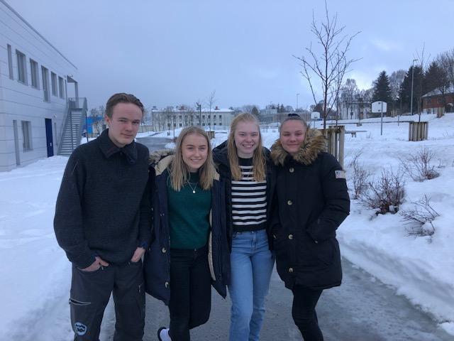 F.v: Thomas Rindahl Steiro, Bea Kristine Fjellheim Holm, Amilde Holand Angell og Solveig Birkeland.