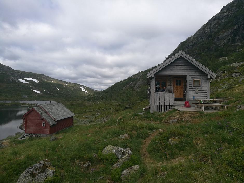 Tirsdag 12.6: BT-hytten ved Mjølfjell