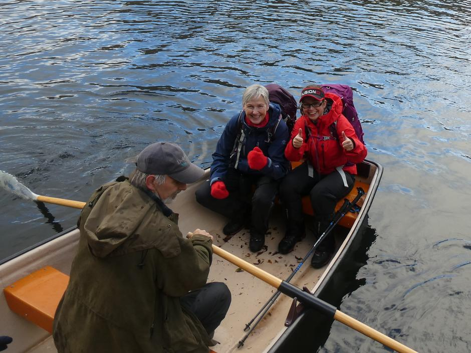 Utruleg kjekt å få komme i båt på Klefjellsvatnet - rodd til seters/Norddalssetra