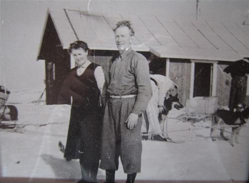Marie og Georg på Mårbu vinterstid