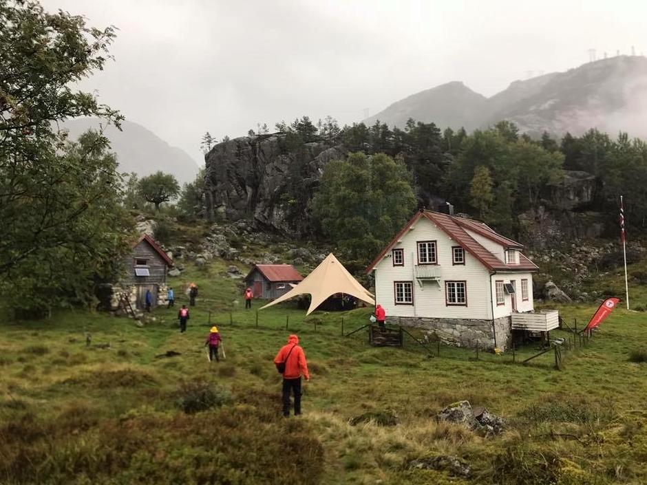 Bakken gård er nå blitt Stavanger Turistforening sin hytte. Her har vi store planer så følg med.
