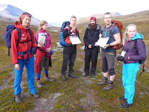 Bilde fra sommerturlederkurs med DNT ung Troms i 2017.