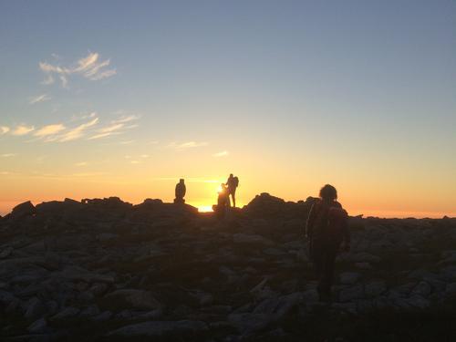Årets tur frå solnedgang - til soloppgang