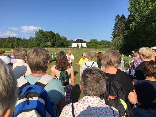 På tur med Liv Eyde Bø - Semb hovedgård