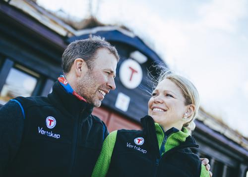 Rune Sundt og Sonja Rykhus er vertskap på Grimsdalshytta