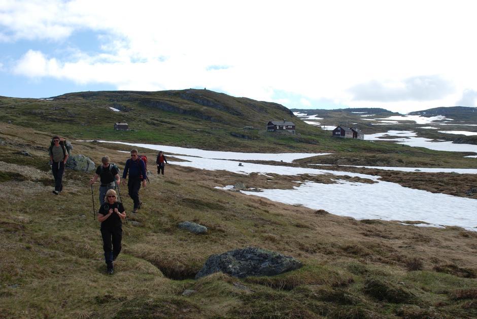 Litlos ligg i eit fantastisk tur-terreng. Foto Sverre A. Larssen