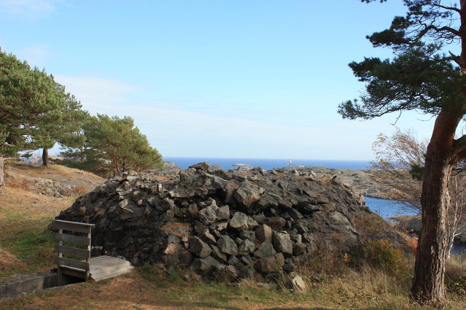 Fra Kalvøysund festning.