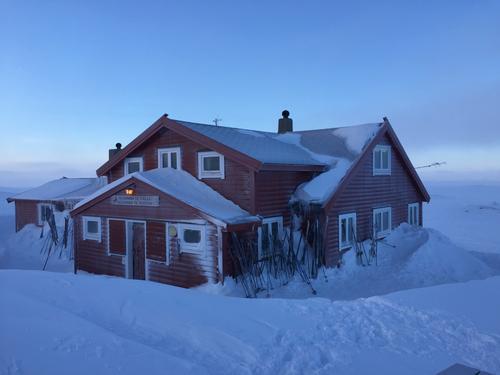 Stigstuv på Hardangervidda en tidlig morgen onsdag før skjærtorsdag