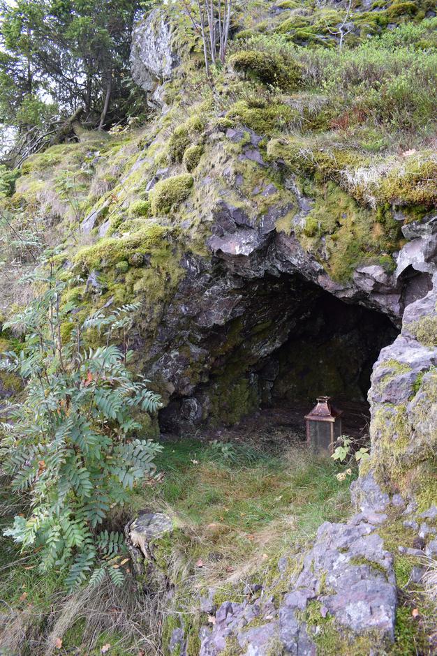 Ulaovnen - hule med funn