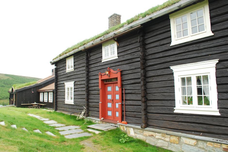 Den gamle delen av hytta er bevart.