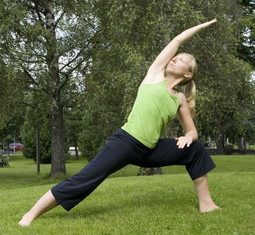 Kombiner tur og yoga på Gramstad