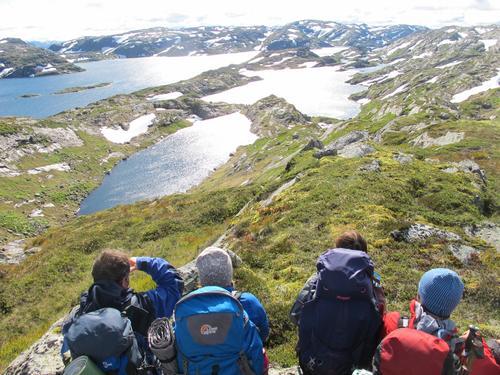 Utsikt i vestre Stølsheimen. På veg til Skavlabu.