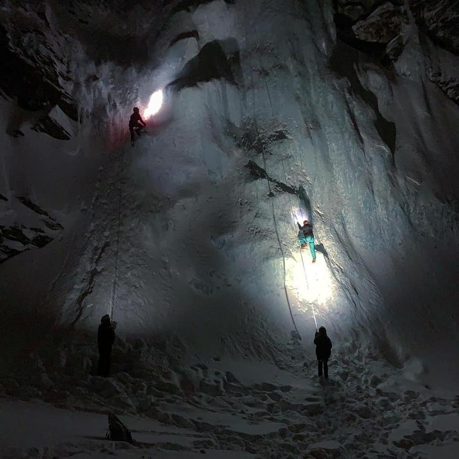 Isklatring i Lyngen med DNT ung.