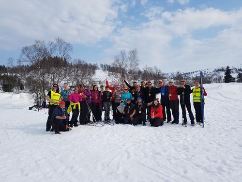 Fantastisk skidag på Kvamskogen med Til Topps