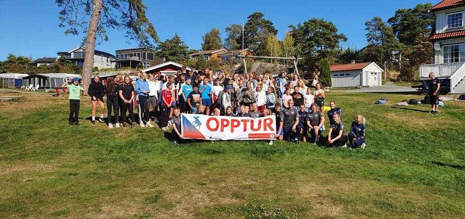 Mellomhagen skole på Opptur 2021.
