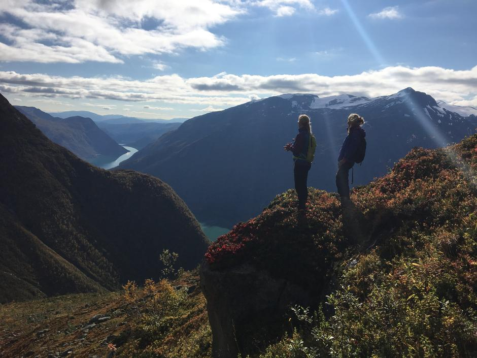 Nesadalen, en av de flotte utsiktsturene du kan ta rundt hytta.