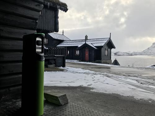 Haukeliseter Fjellstue åpner ladested for elbiler