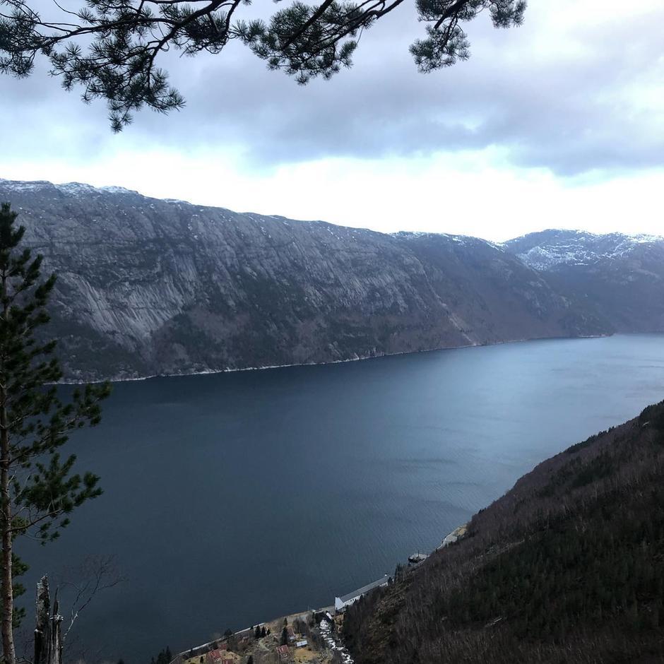 Lysefjorden og Flørli.