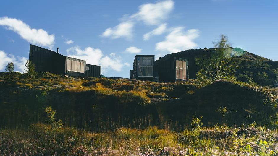 I sommer åpnet Stavanger Turistforening sin nye hytte Skåpet i Ryfylkheiene. Små sovehytter gir privatliv og skal lokke flere til fjells.
