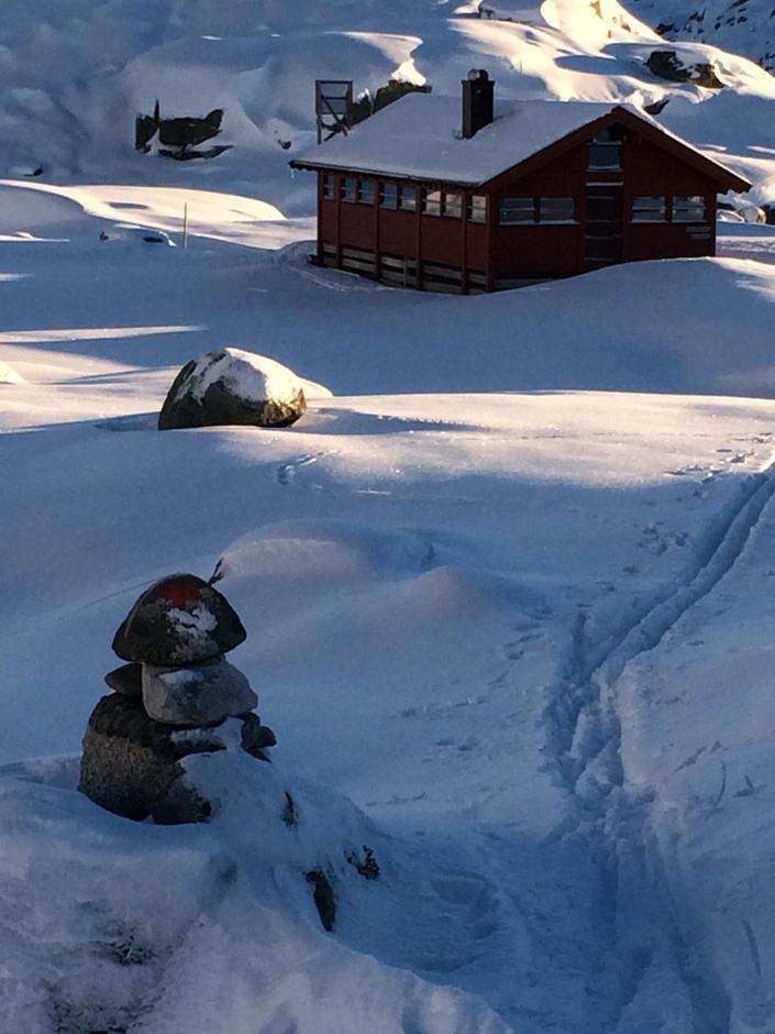 Børsteinen har 30-40 cm snø.