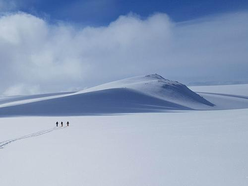 Siste etappen mot Loppatinden, høyeste fjell i Finnmark.