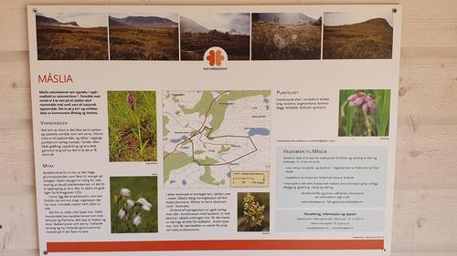 Informasjonstavle om naturreservatet
