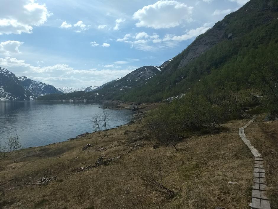 Søndag 27.5: På vei fra Solrenningen til Stølsdammen