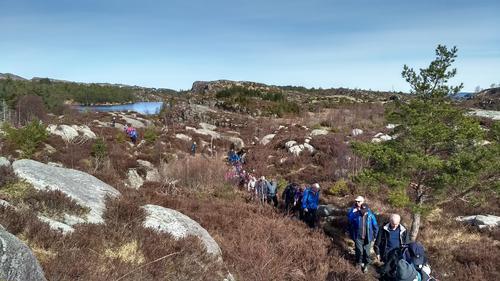Fjell -Morland - Fjell i strålende vårvær 11.april