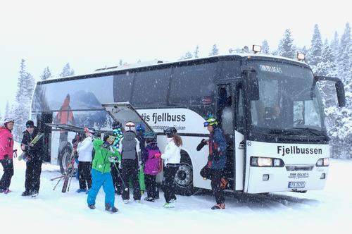 Fjellbussen tar deg til Gaustatoppen