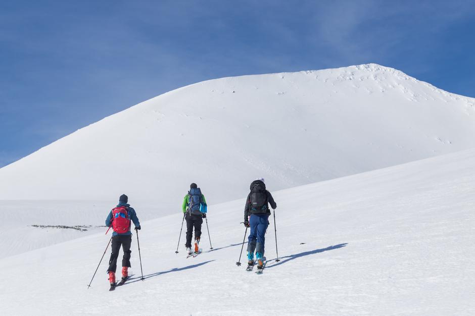 HØYTID: Vinteren i Rondane er sjarmerende gammeldags, med hvite topper og stabile minusgrader.