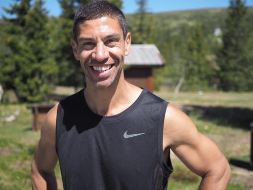Yngvar Andersen. Treningsekspert og motivator ønsker velkommen og gir treningstips.