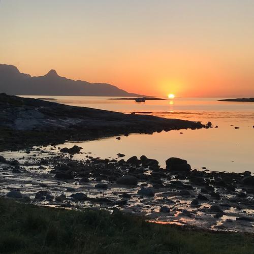 Solnedgang på Mjelle utenfor Bodø.