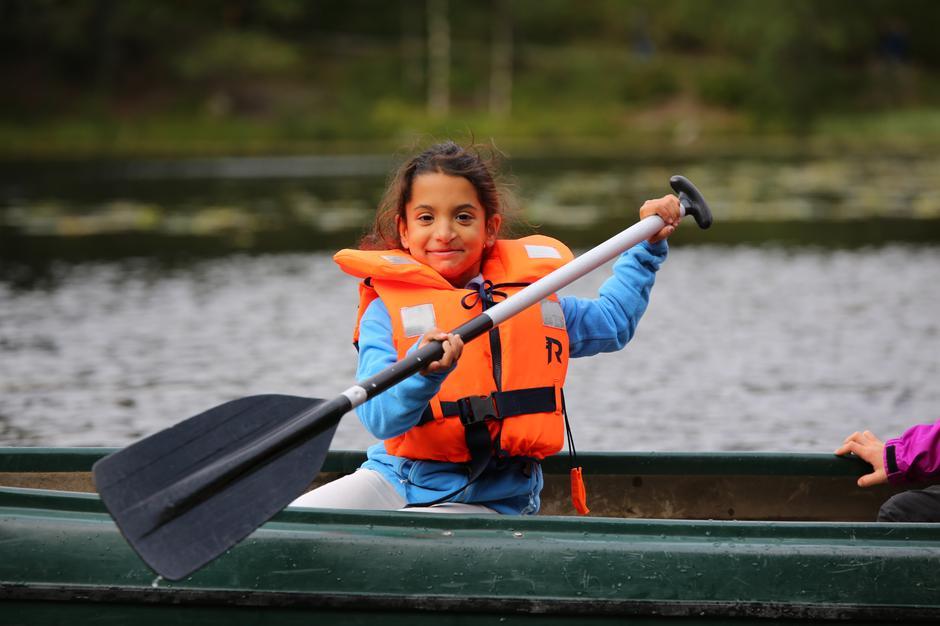 Mange prøvde kano for første gang på Kom deg ut-dagen. Her fra Bergen.