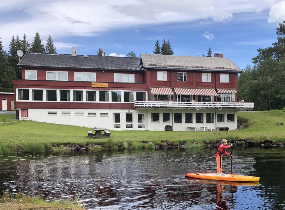 DNT Osbakken ved Skumsjøen har 28 sengeplasser