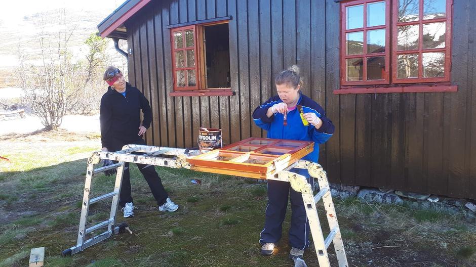 Anne Julie og Svanhild, Gamle Gaskas.
